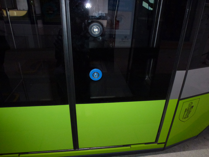 tramwaje w Olsztynie drzwi niepełnosprawni