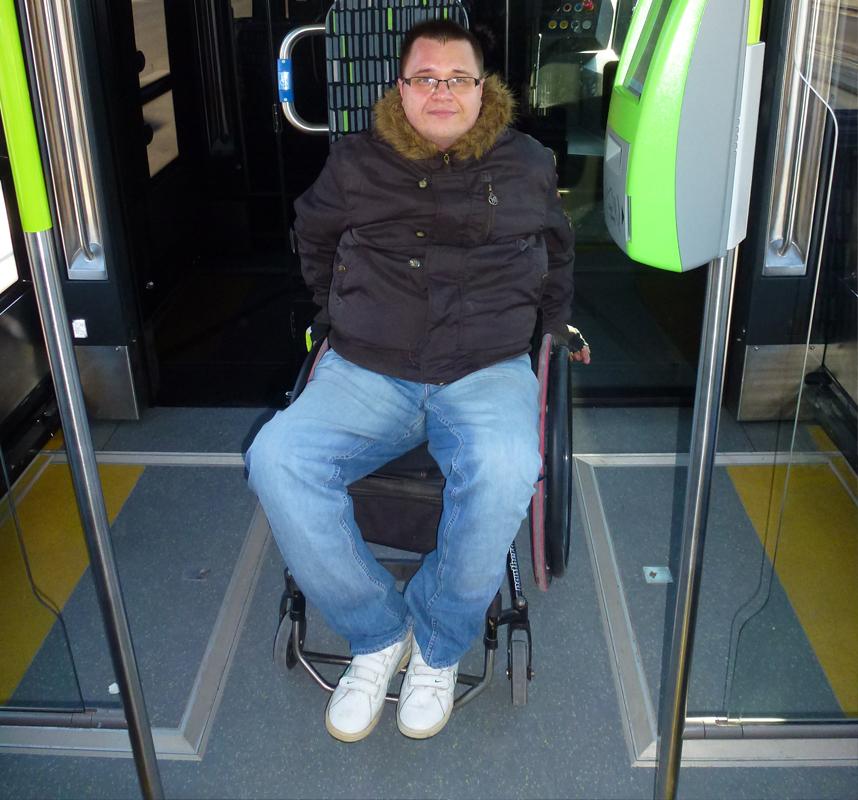 tramwaje w Olsztynie miejsce dla niepełnosprawnych
