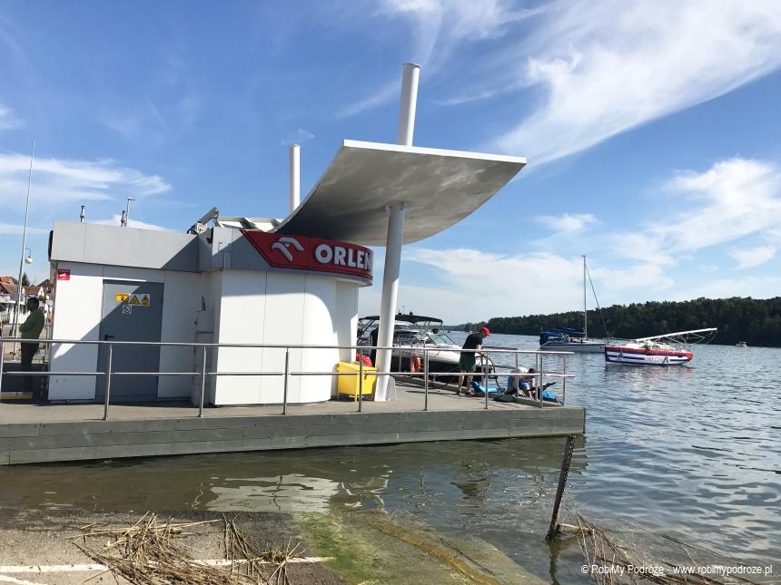 stacja paliw dla łodzi