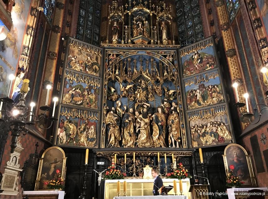 Ołtarz w Kościele Mariackim