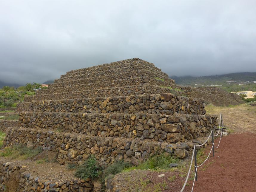 piramidy naTeneryfie