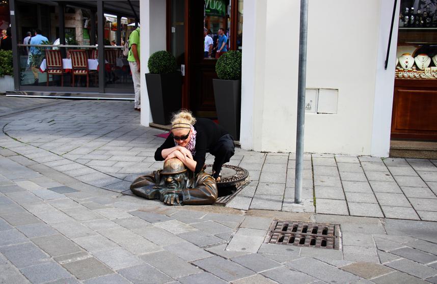 człowiek w pracy w Bratysławie