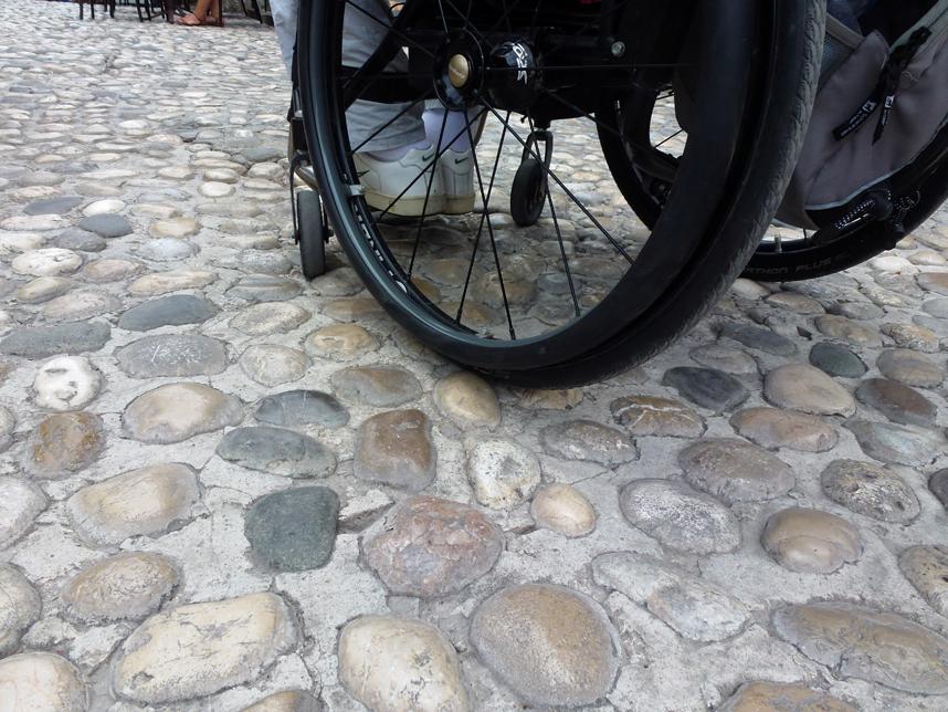 mostar niepełnosprawni