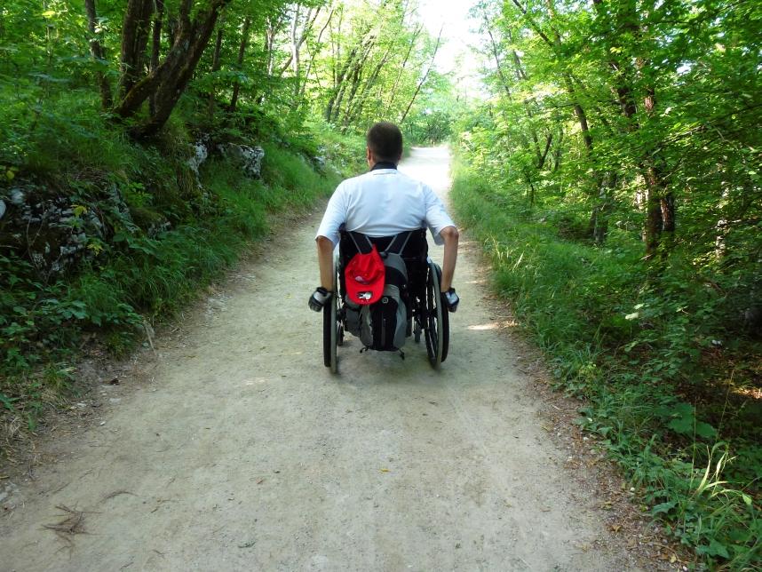 Plitwice droga wózek inwalidzki