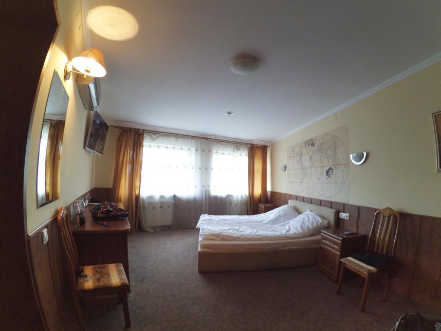 pokój superior hotel Navigator Kaliningrad sypialnia