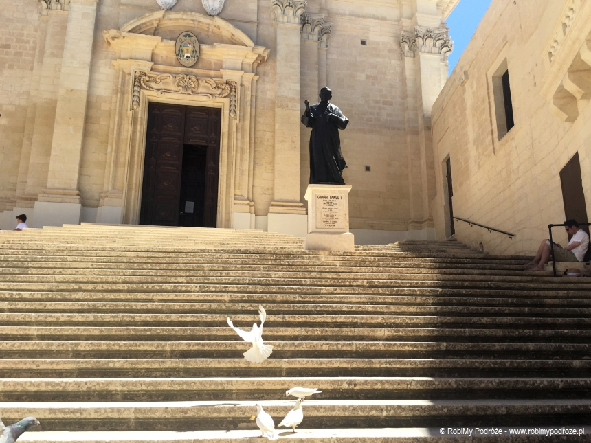wejście doKatedry św.Marii