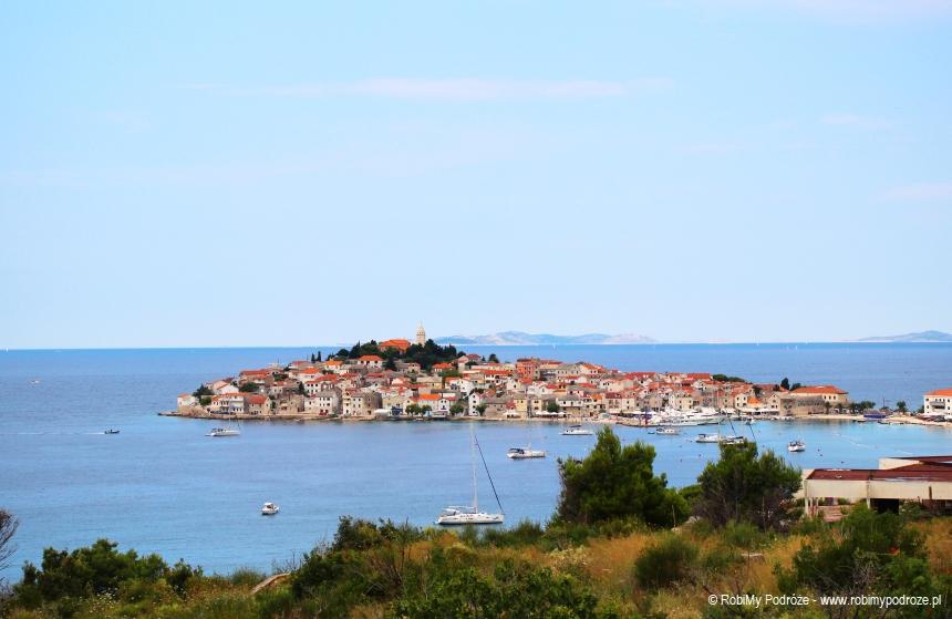 Przepiękny widok nałzę Adriatyku – Primosten