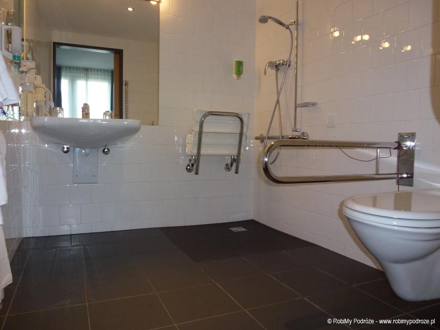 łazienka dla niepełnosprawnych w Austria Trend Hotel Wiedeń