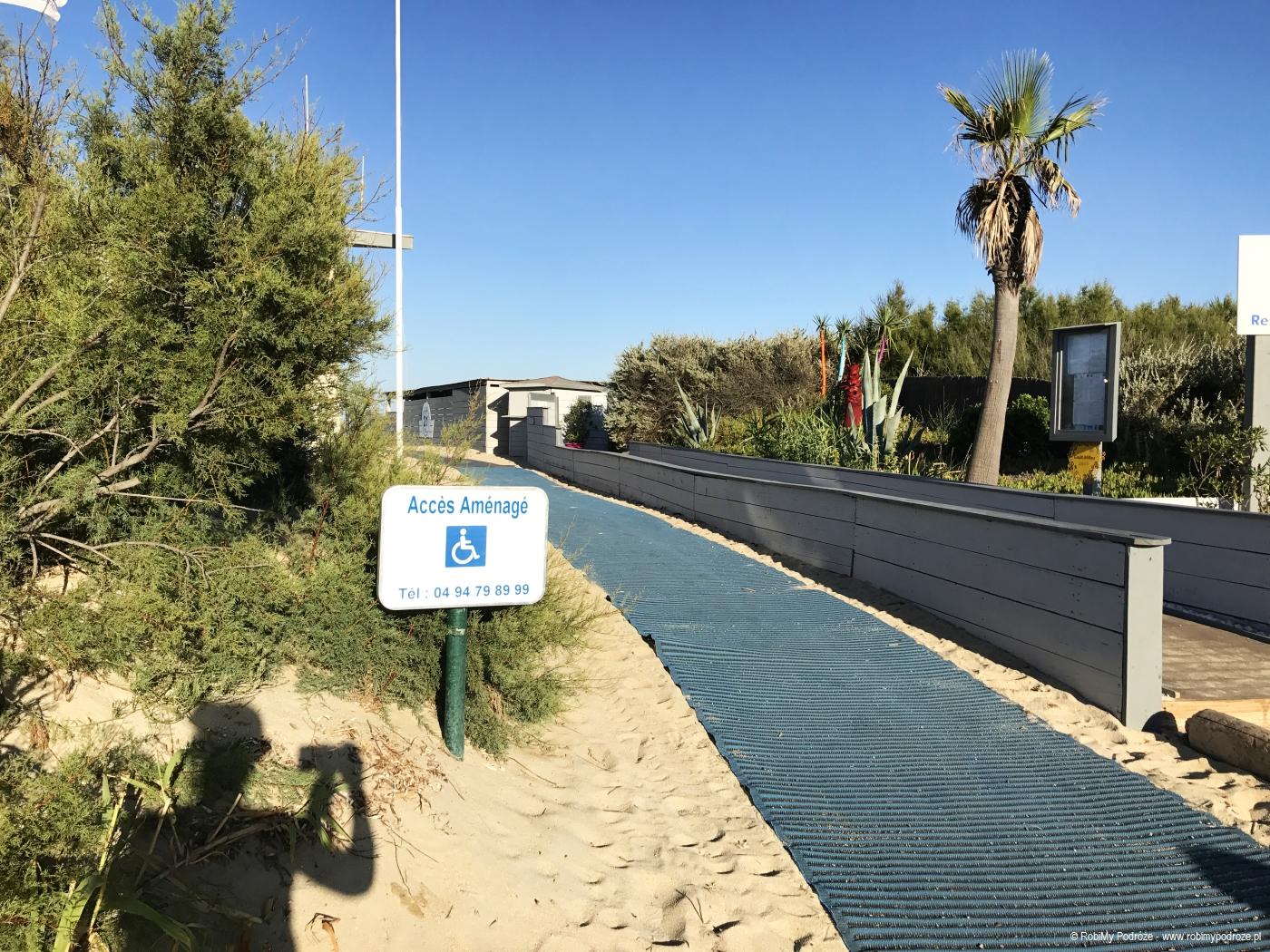 wejście na plażę Pampelonne