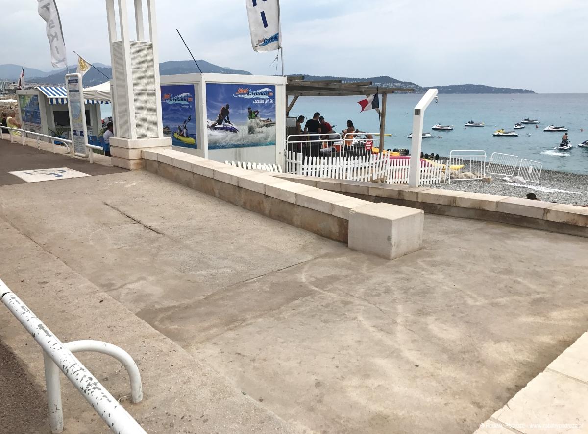 dostosowana plaża w Nicei