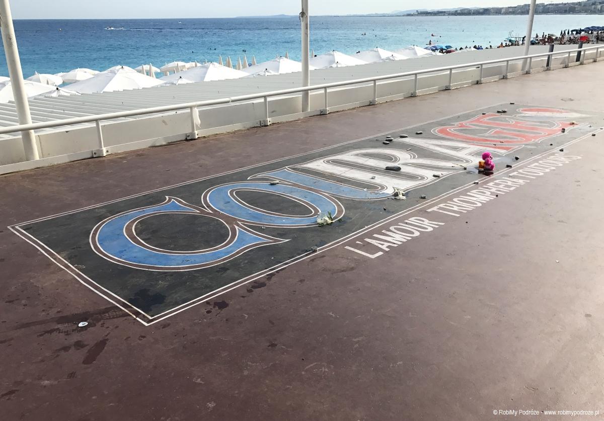 miejsce pamięci zamachu w Nicei