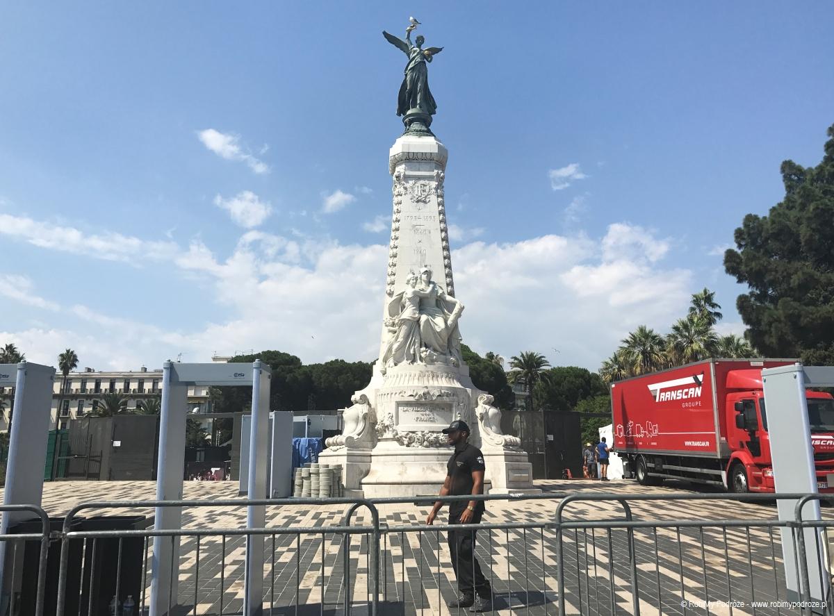 pomnik Nike w Nicei