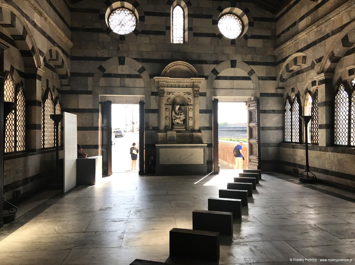 Instalacja w Santa Maria della Spina
