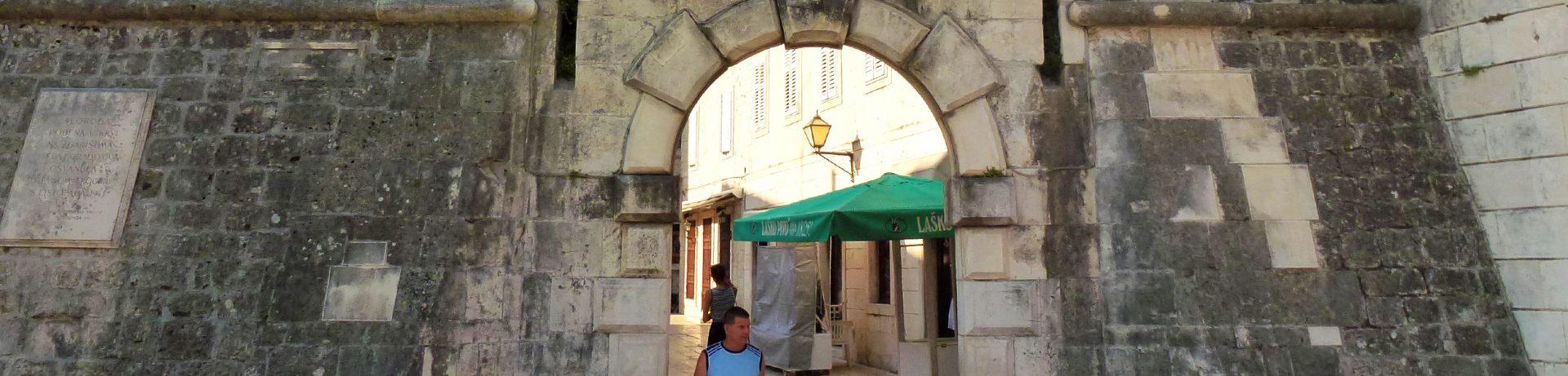 Przewodnik po Trogirze - Brama Północna