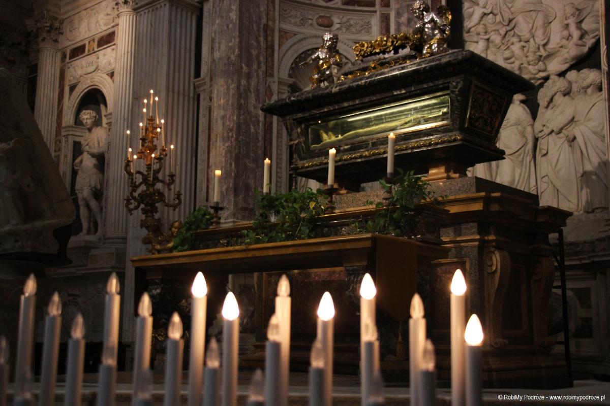 Wnętrze katedry wPizie