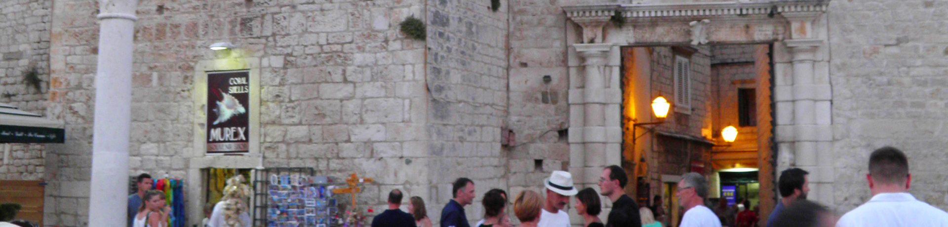 Zwiedzanie Trogiru - Mala loža