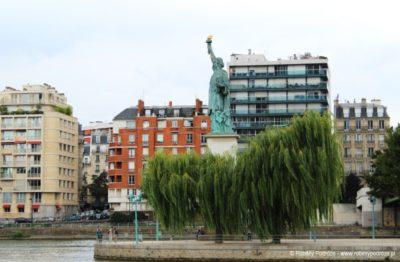 Satua Wolności w Paryżu