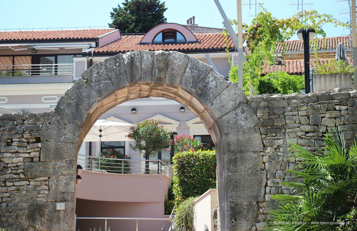 Brama Herkulesa - atrakcje istrii