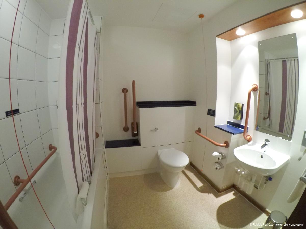 Premier Inn London Wembley Park łazienka
