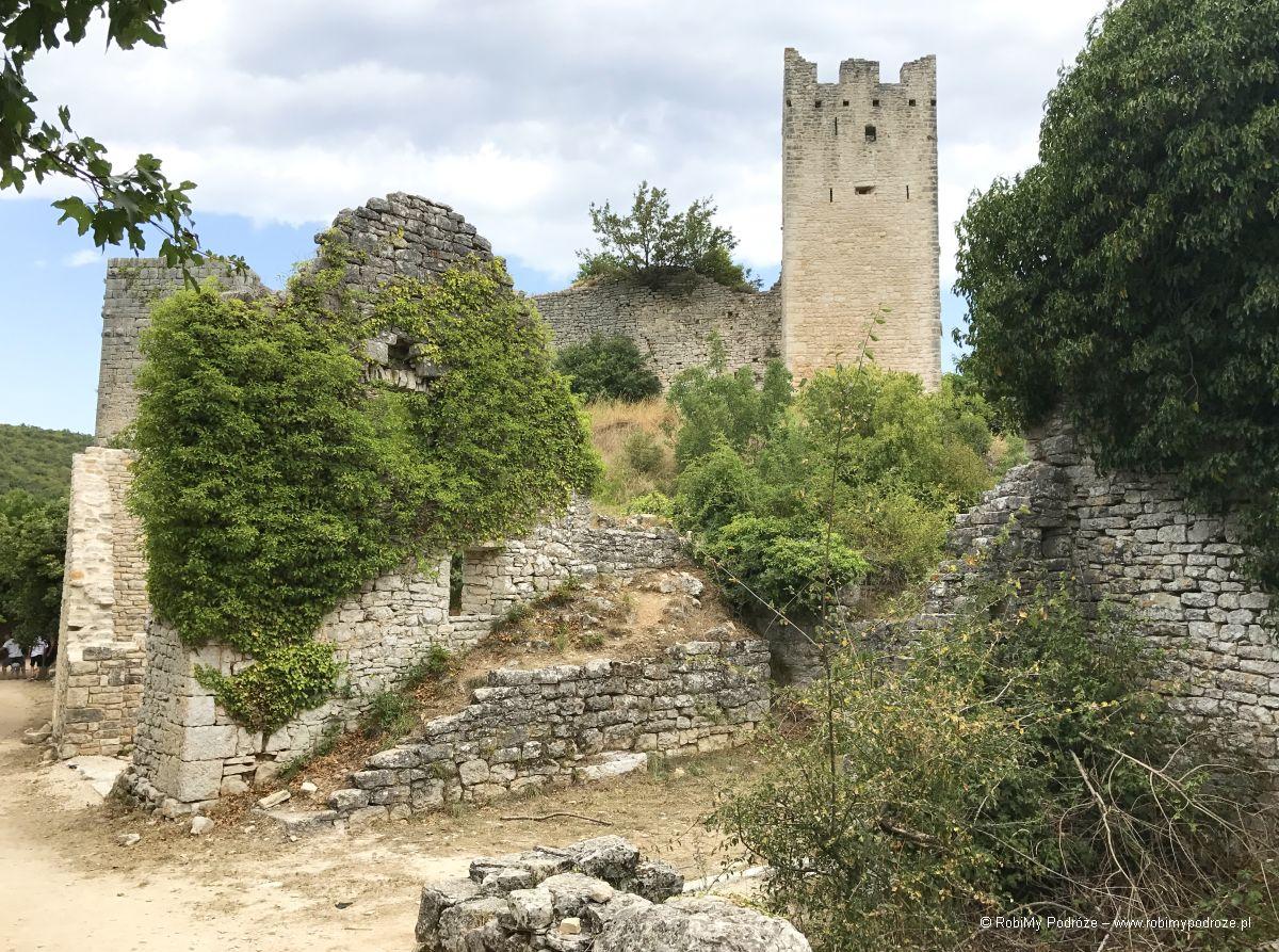ruiny w Dvigradzie