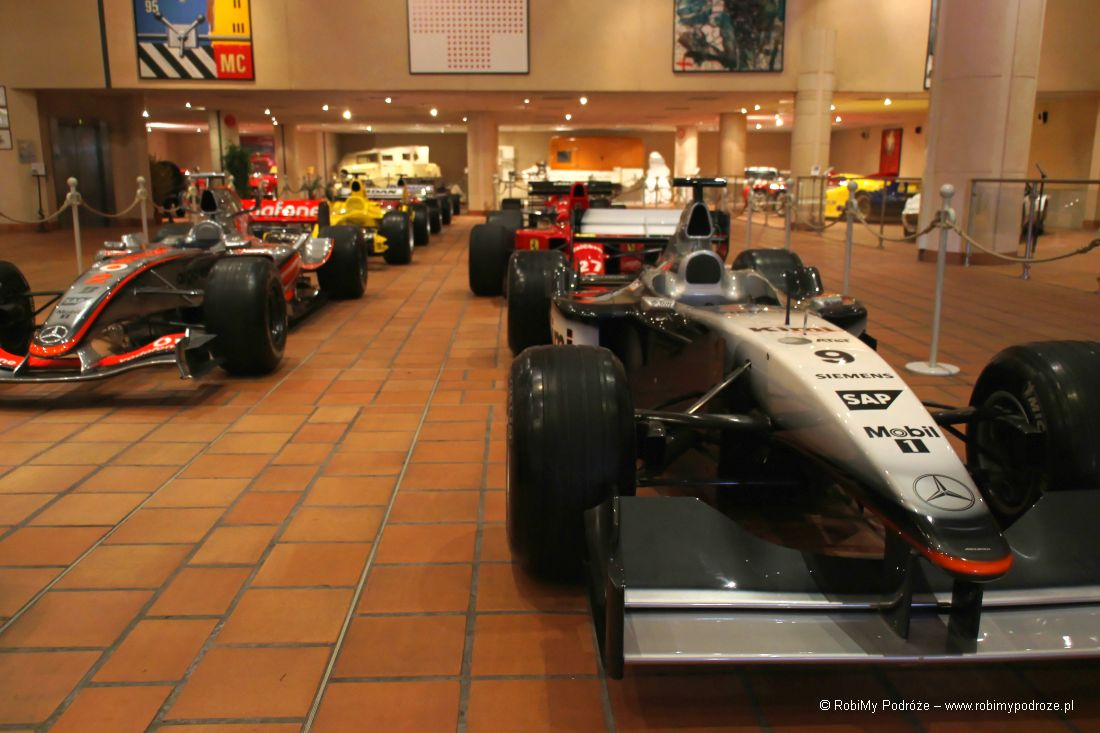 garaż Księcia Monako - bolid f1