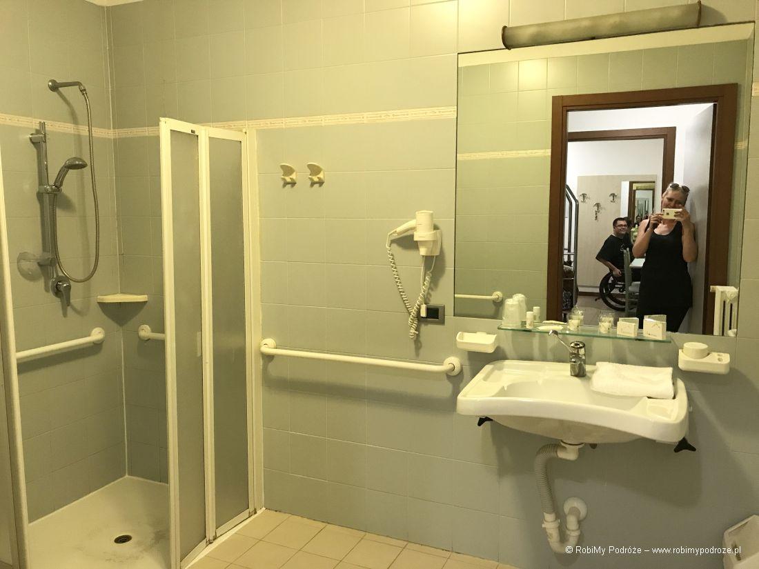 Residence Viale Venezia wWeronie prysznic