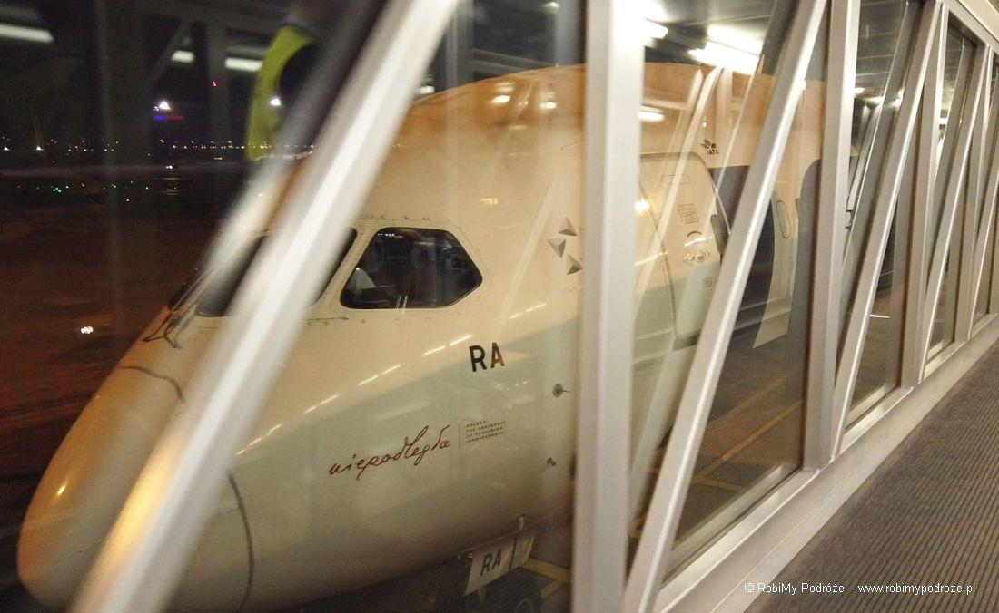 samolot LOT Okęcie