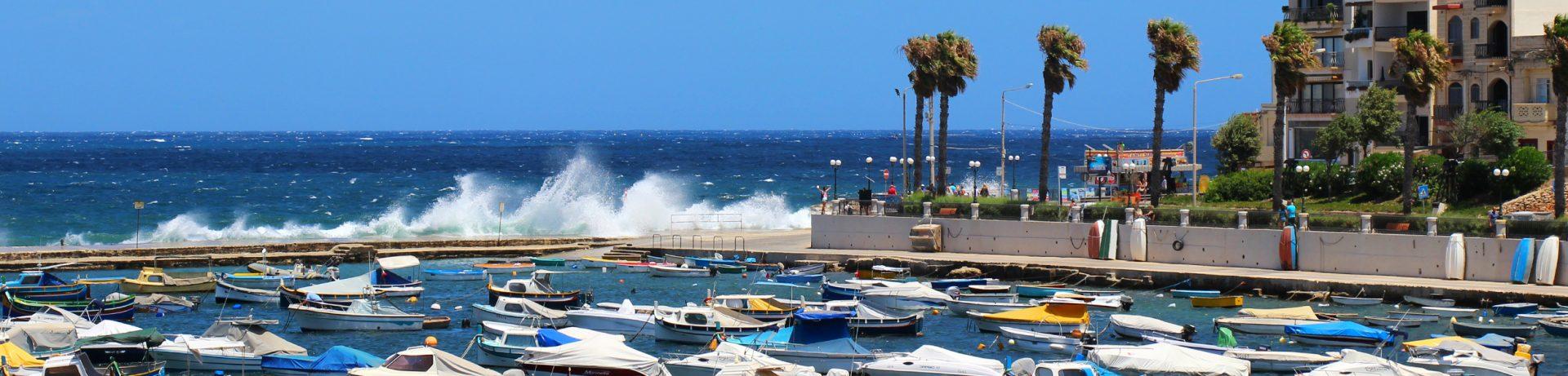 Buġibba Bay naMalcie