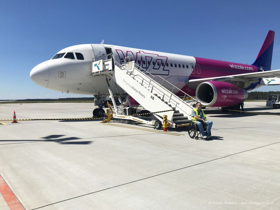 samolot naLotnisko Olsztyn - Mazury