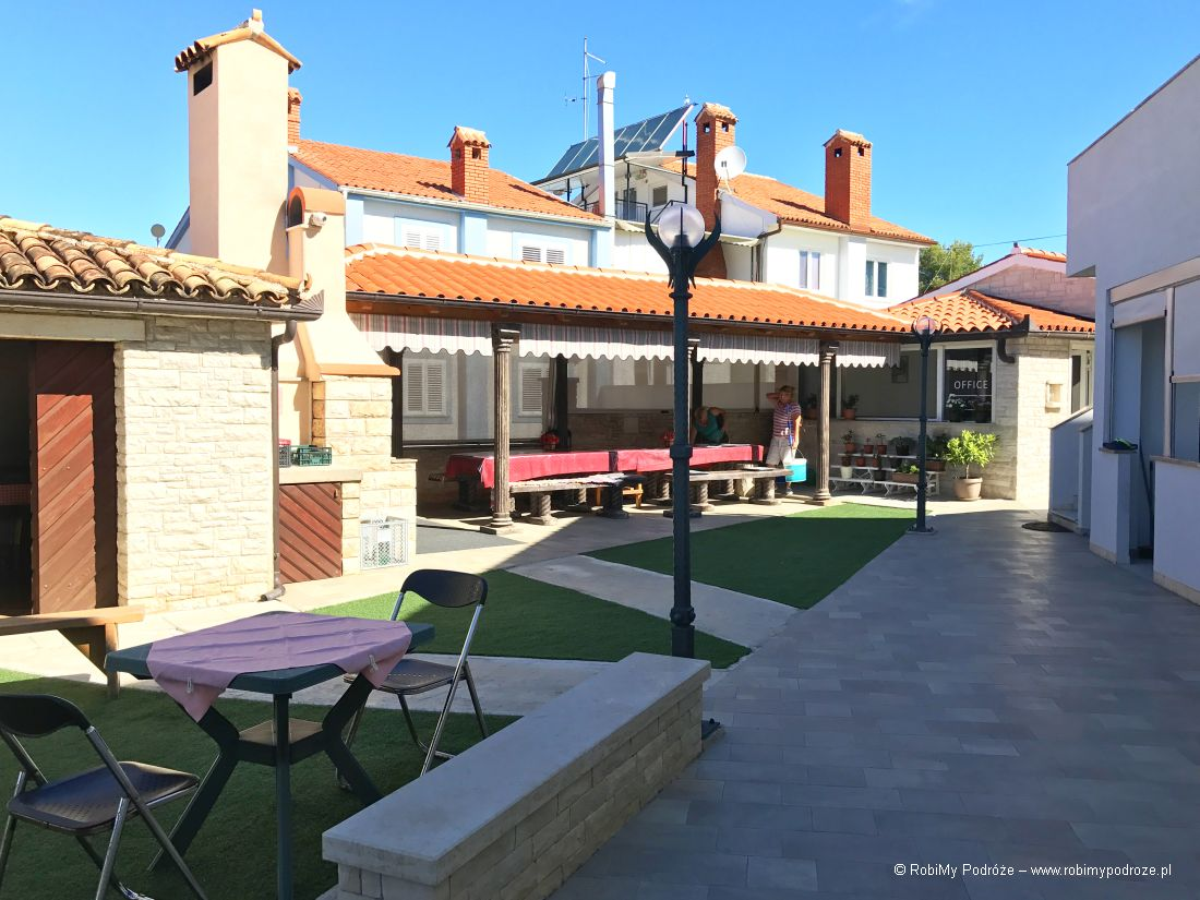 Apartments Villa Bubi wChorwacji - wiata