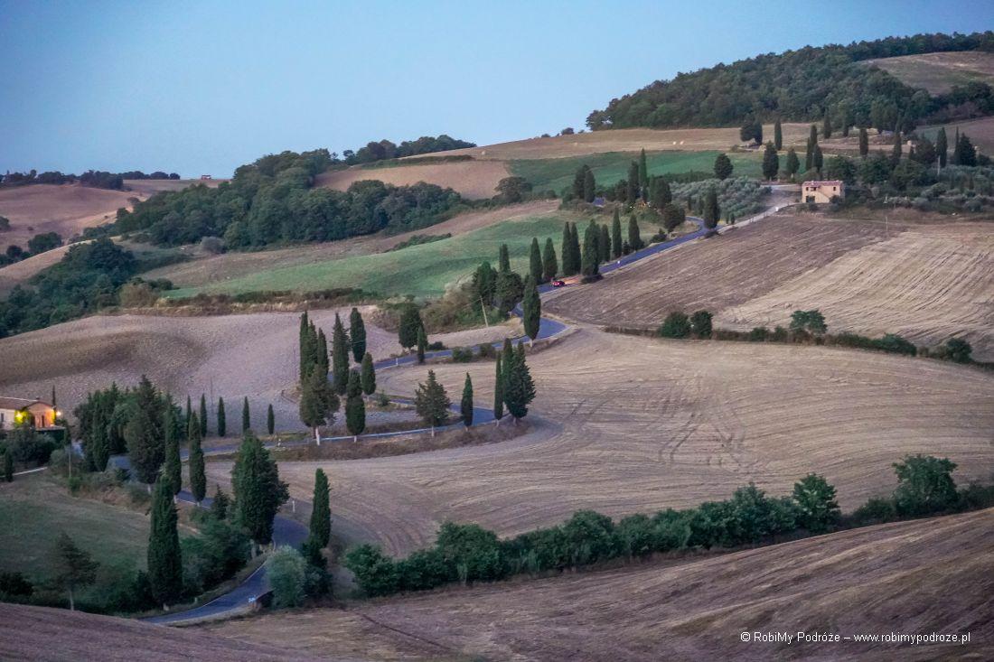 atrakcje Toskanii - sprężynka podMonticchiello