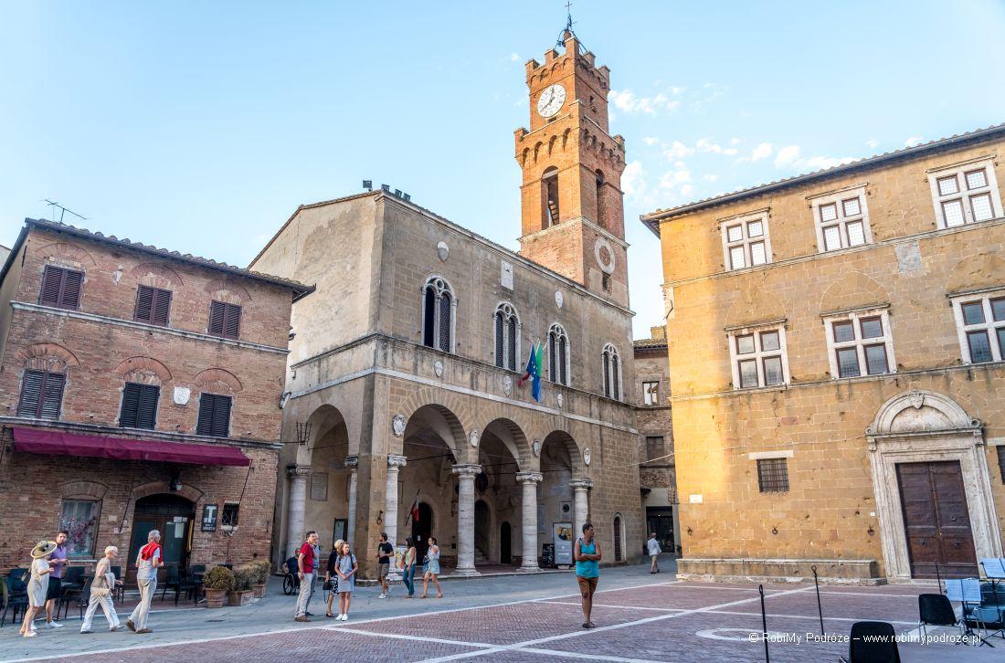 Piazza Pio II wPienzie