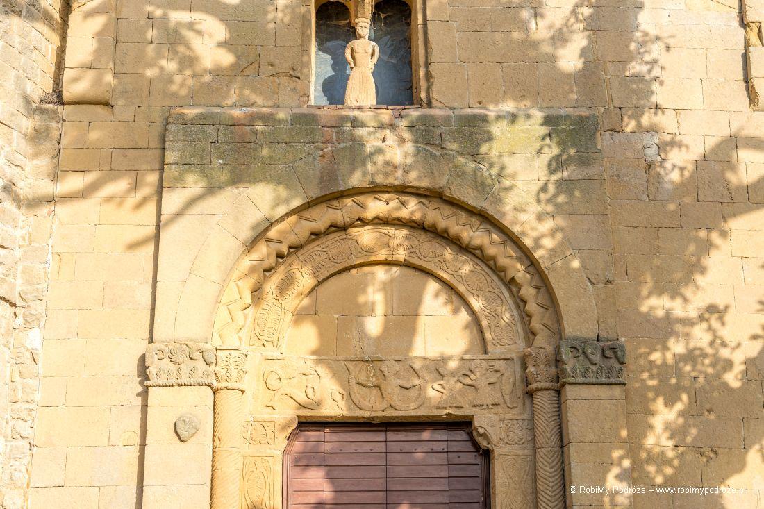 fasada La pieve di Corsignano wToskanii
