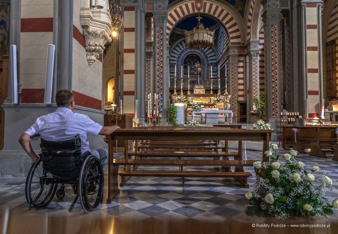 basilica Santa Margherita - wnętrze