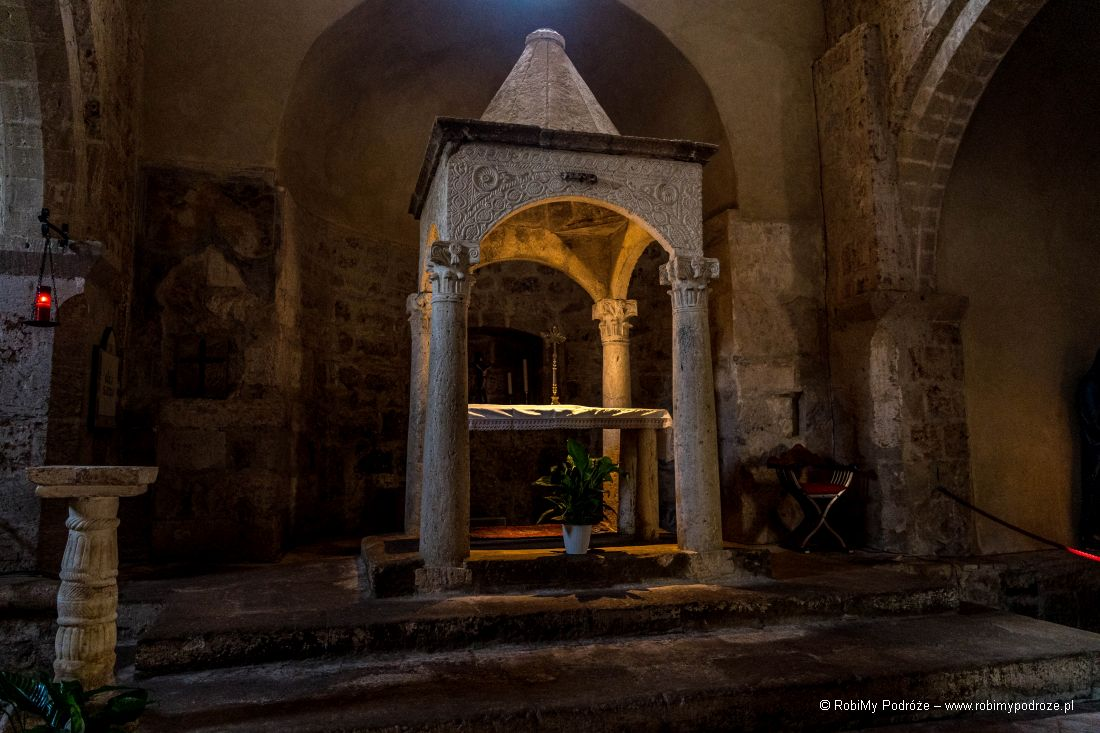 Chiesa di Santa Maria - cyborium