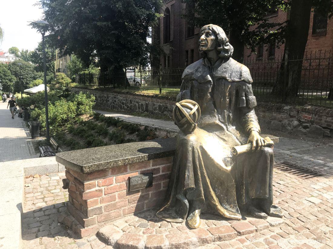 ławeczka Mikołaja Kopernika wOlsztynie