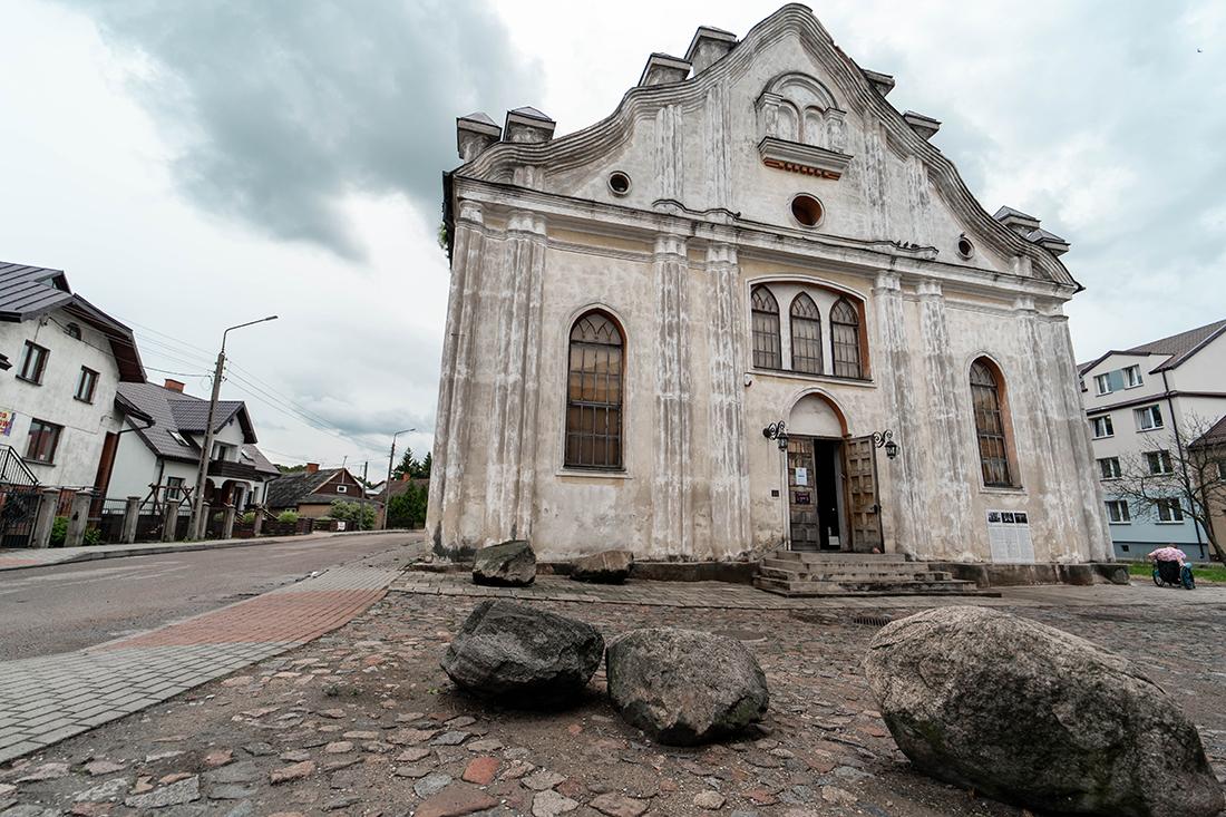 Biała Synagoga jedna zatrakcji Suwalszczyzny