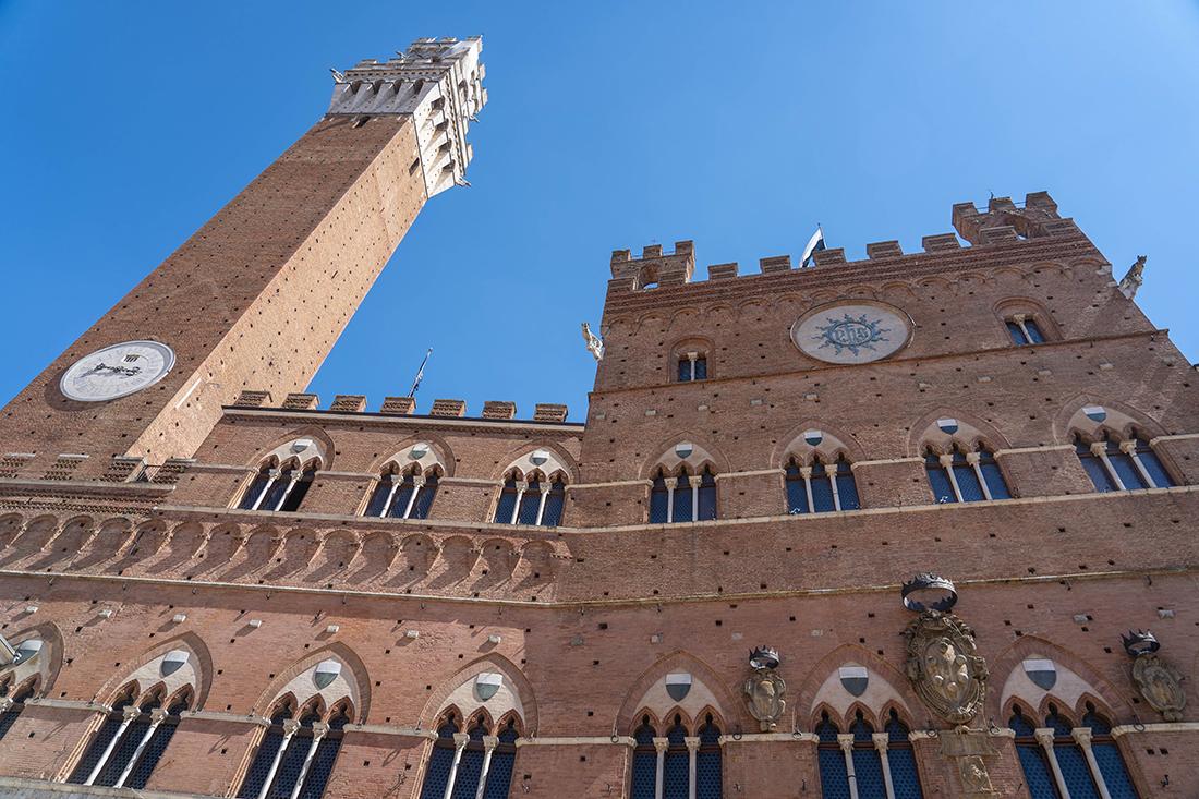Torre del Mangia wSienie