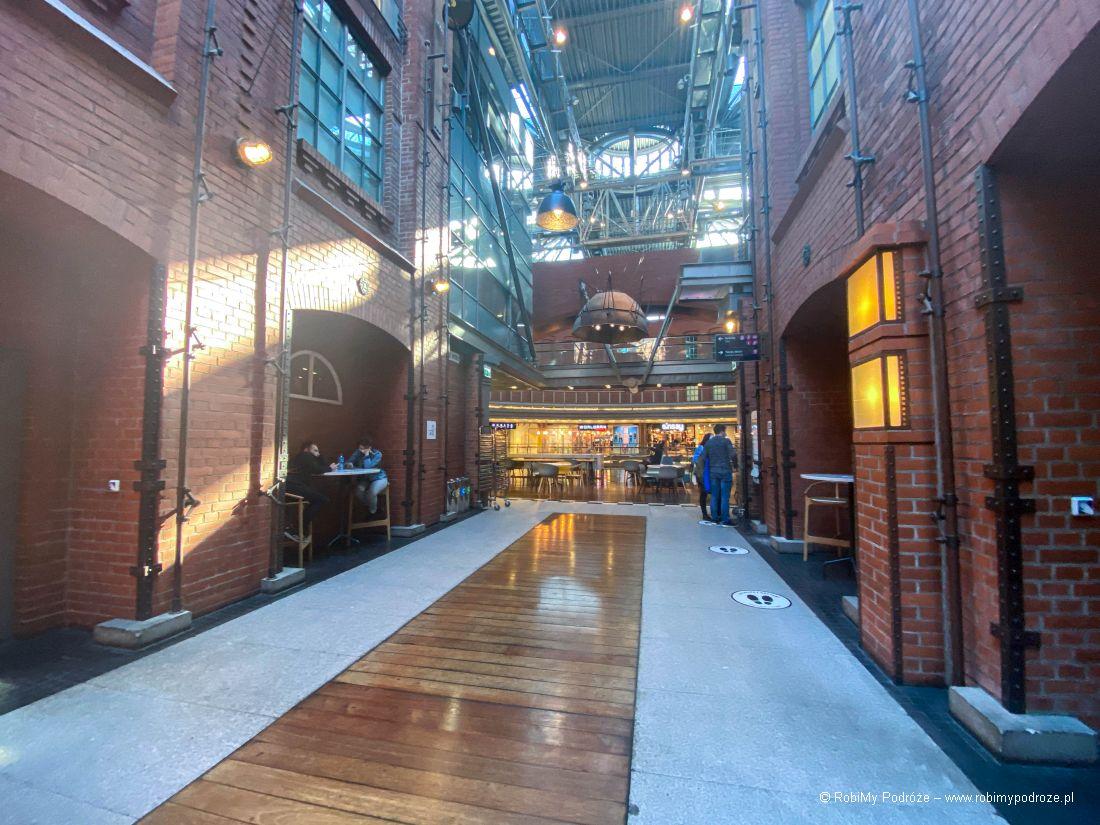 wnętrza galerii Stary Browar wPoznaniu