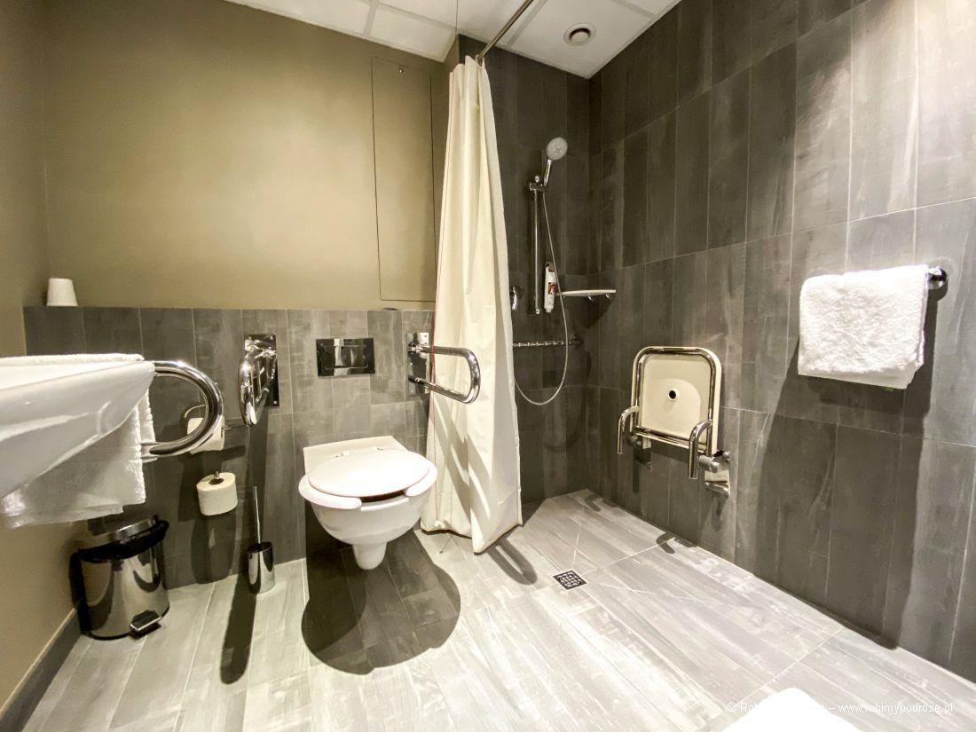 łazienkia whotelu Ibis