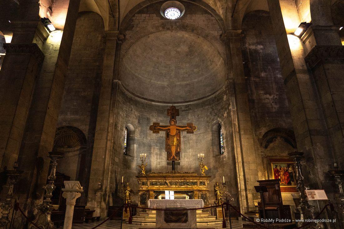 wnętrze San Michelle in Foro