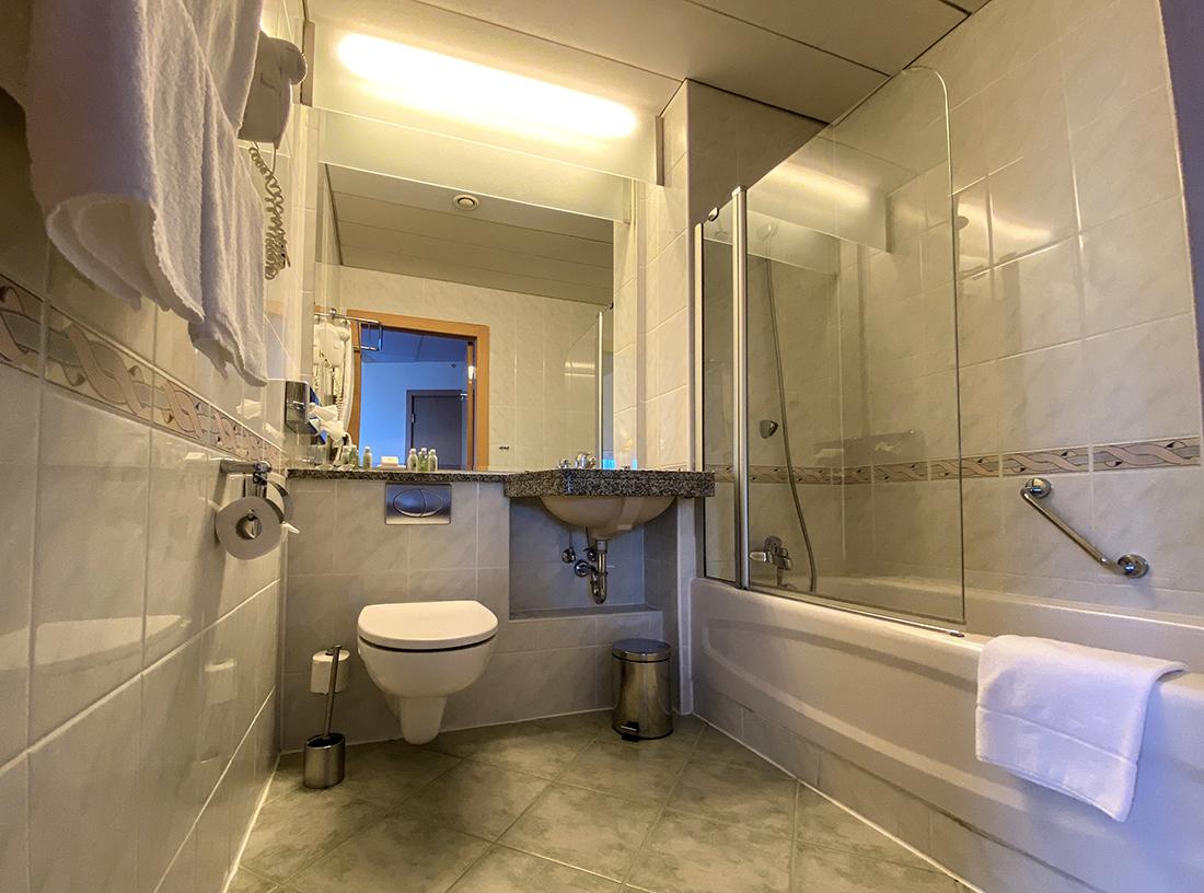 łazienka wpokoju superior