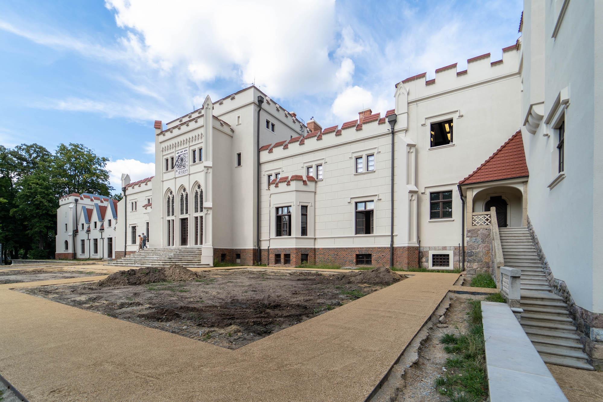 Pałac Radolińskich - atrakcje Jarocina