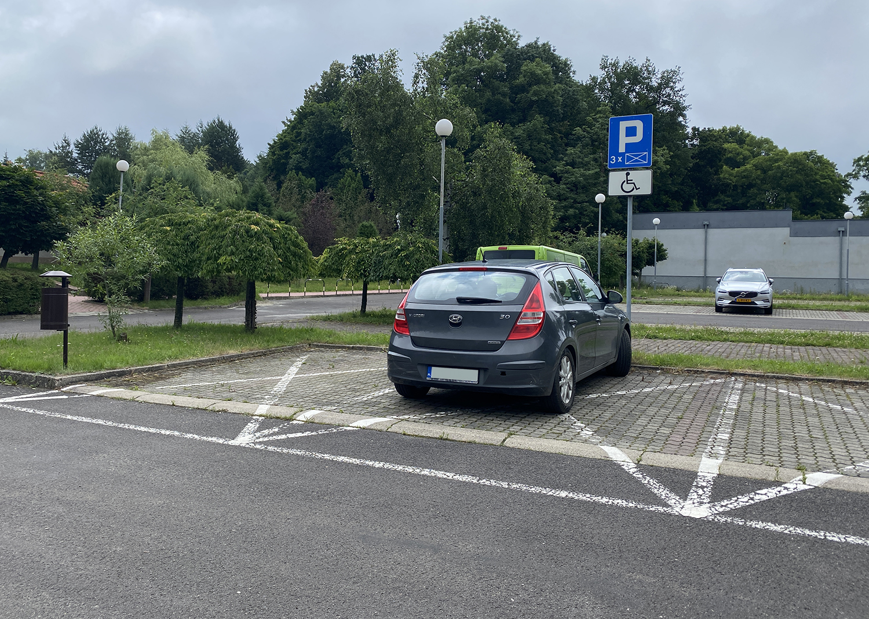 parking hotelowy