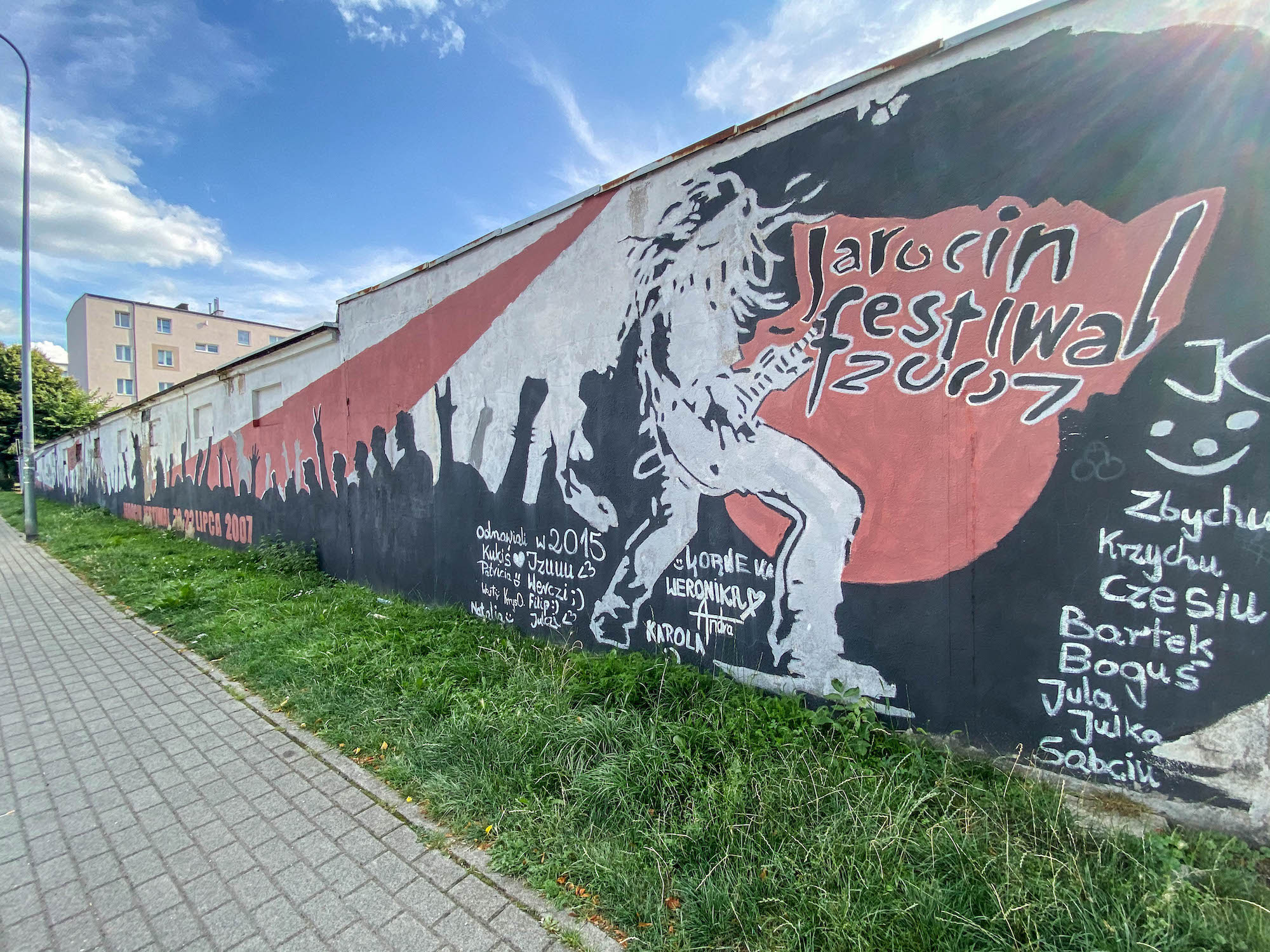 pierwszy mural wJarocinie naosiedlu 1000-lecia
